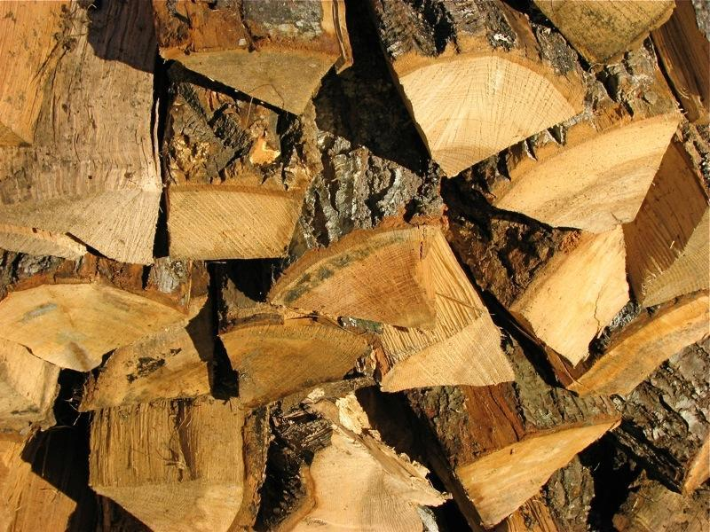 Seasoned Firewood Compared To How Kiln Dried Firewood Burns